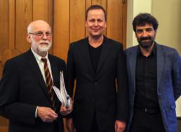 Festakt 26.4.2018, Ephraim Palais Berlin, K.E. Grözinger, Klaus Lederer und Paul Spies, Foto: Matthias Reichelt